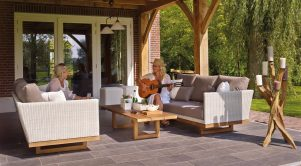 When it comes to interlock Ottawa homeowners have plenty of options for landscaping.